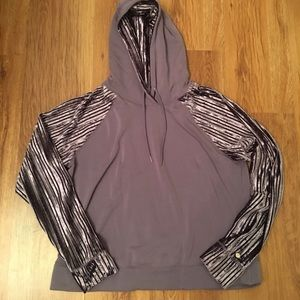 Calia by Carrie Underwood Purple hoodie size L